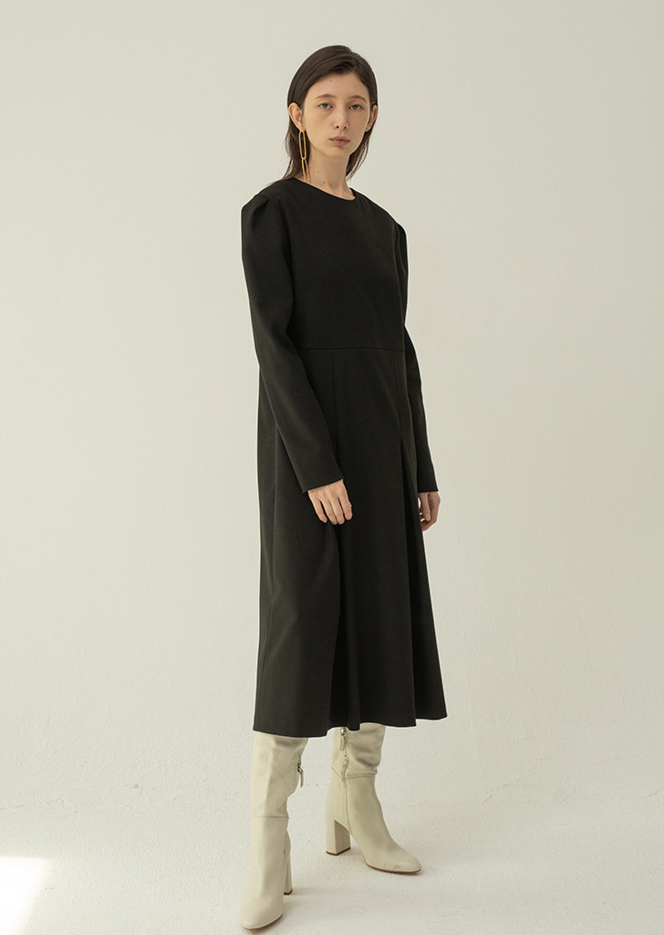 Two Pleated Dress - Black